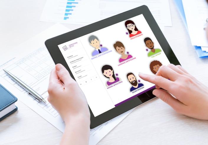Page d'accueil site web sur tablette